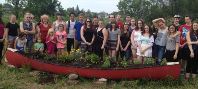 canoe-garden-waterdown-district-high-school-students